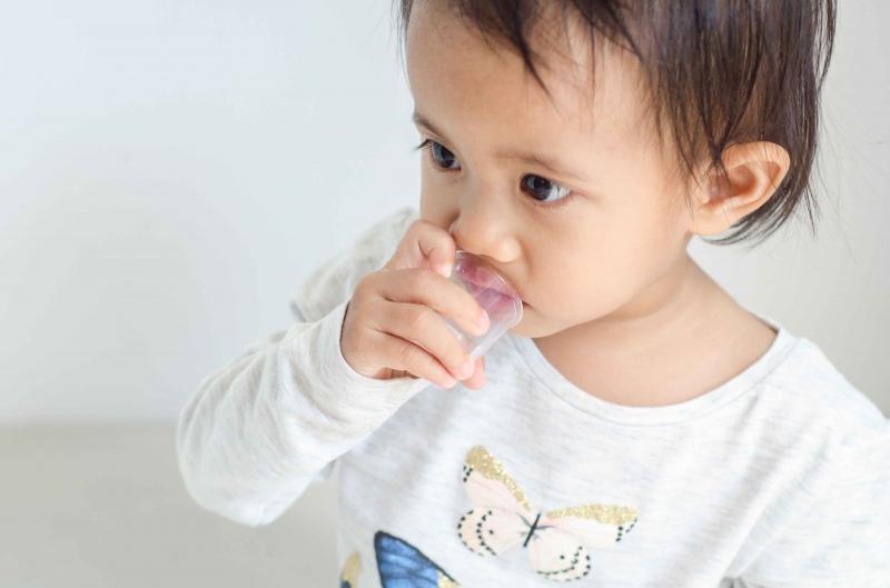 小孩烧到38.5度怎么办宝宝发烧可以吃什么