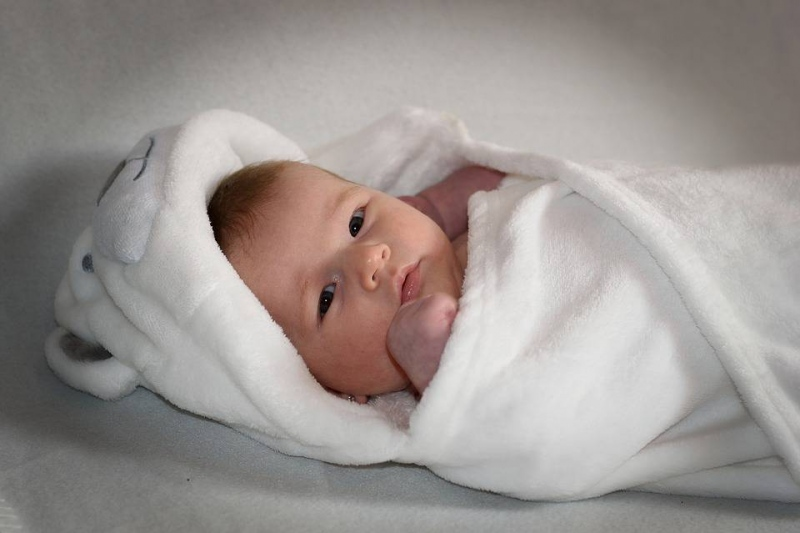 早产儿黄疸鉴别诊断是什么早产儿黄疸有哪些治疗方法